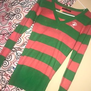 I'm selling my polo sweater.